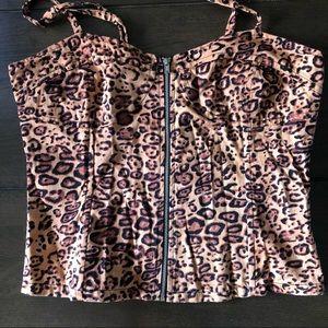 Dangerfield leopard corset style top size 10